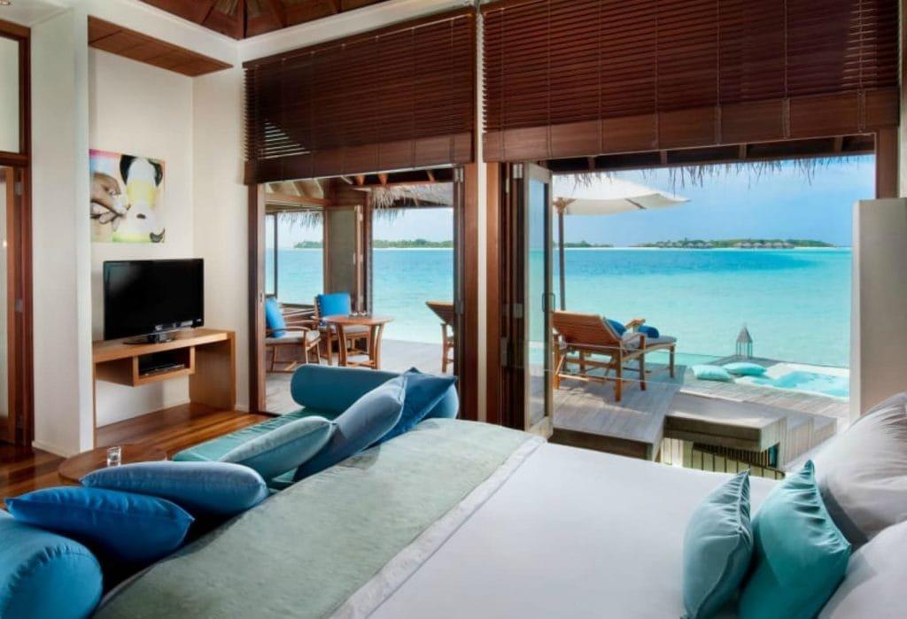 hotel or hostel 4
